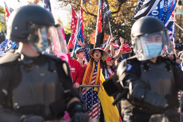 14 November 2020, US, Washington: Supporters of the USPresident Donald Trump take part in the 'Million Maga March' protest against the results of the 2020 presidential election. Photo: -/Imagespace via ZUMA Wire/dpa