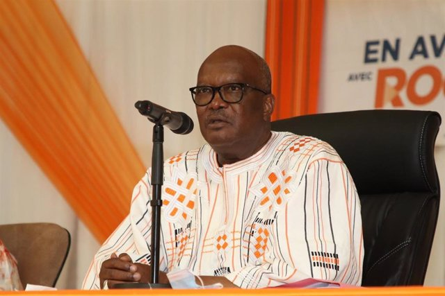 El presidente de Burkina Faso, Roch Marc Christian Kaboré, durante un acto de campaña