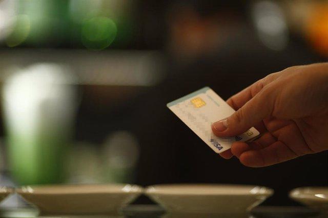 Recurso de gasto con tarjeta de crédito.