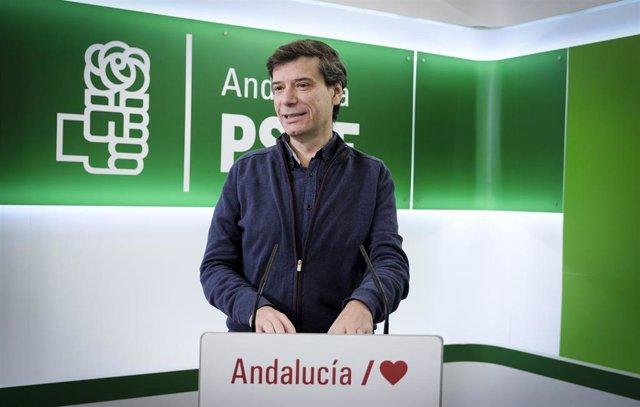 El portavoz de Presidencia del PSOE de Andalucía, Carmelo Gómez.