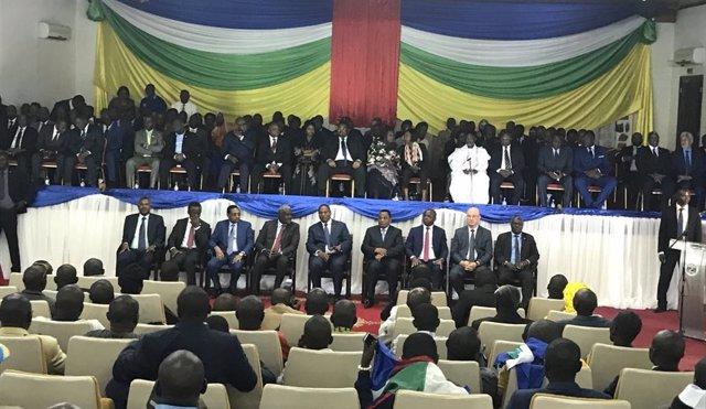 Ceremonia de firma del acuerdo de paz en RCA en Bangui el 6 de febrero de 2019