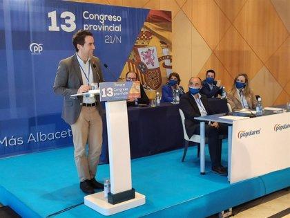 "García Egea pregunta a Page si sus diputados votarán ""con Bildu o con toda España"""