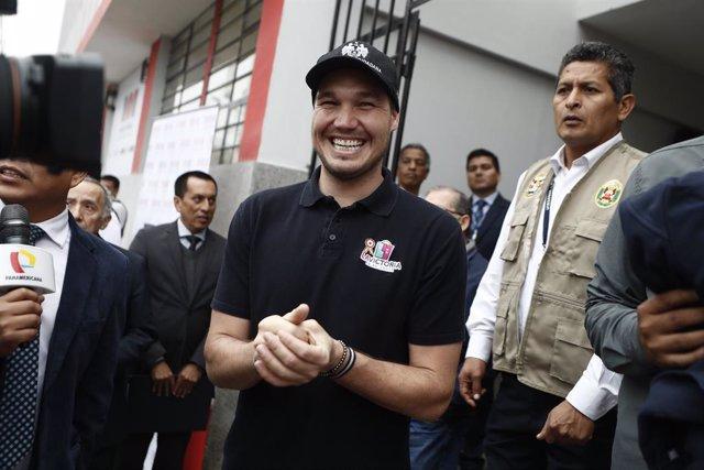 El candidato presidencial peruano George Forsyth