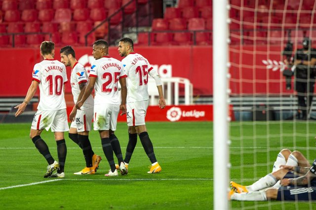 Celebrate score of Youssef En-Nesyri of Sevilla during LaLiga, football match played between Sevilla Futbol Club and Real Club Celta de Vigo at Ramon Sanchez Pizjuan Stadium on November 21, 2020 in Sevilla, Spain.