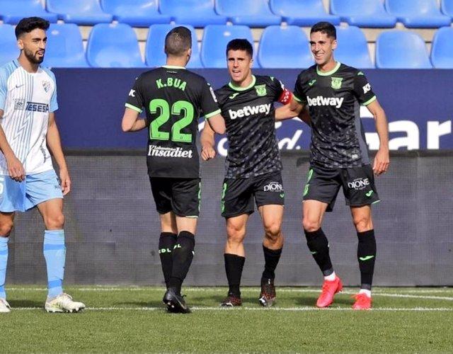 El Leganés vence al Málaga por 1-2