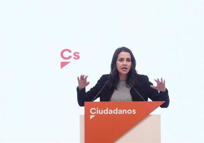 Arrimadas dice que ahora mismo Cs está en el 'no' a los PGE e insiste en que su apoyo es incompatible con Bildu y ERC