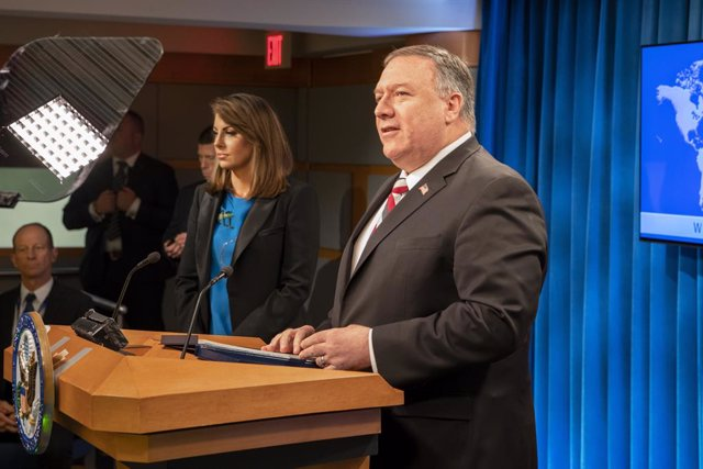 FILED - 17 March 2020, US, Washington: US Secretary of State Mike Pompeo (R) speaks during a press statement in the Press Briefing Room, at the Department of State. US Secretary of State Mike Pompeo met Taliban deputy political chief Mullah Abdul Ghani Ba