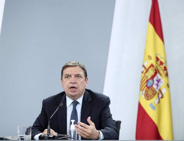 La ministro de Agricultura, Pesca y Alimentación, Luis Planas, comparece en rueda de prensa posterior al Consejo de Ministros en Moncloa, Madrid (España), a 3 de noviembre de 2020.