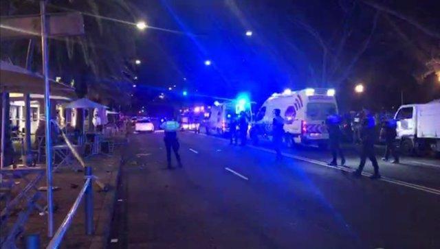Un conductor ebrio se sale de la vía en Santa Cruz de Tenerife y arrolla a seis ocupantes de una terraza
