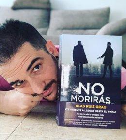 El autor alicantino Blas Ruiz Grau