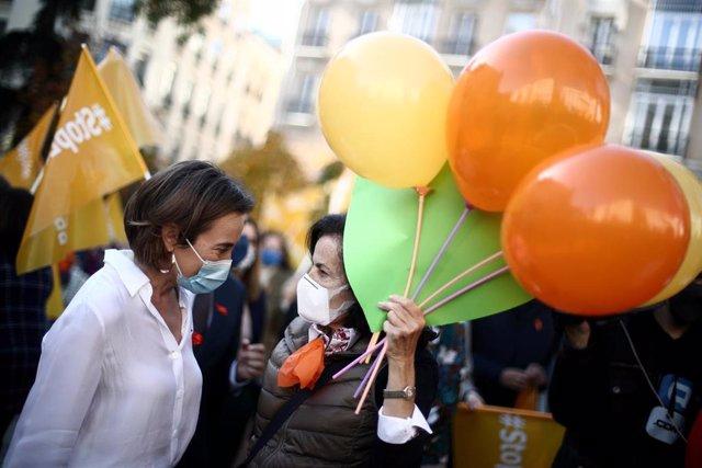 La portavoz del Grupo Popular en el Congreso, Cuca Gamarra, en una manifestación contra la Ley Celaá en el Congreso, el día de su aprobación, en Madrid (España), a 19 de noviembre de 2020.