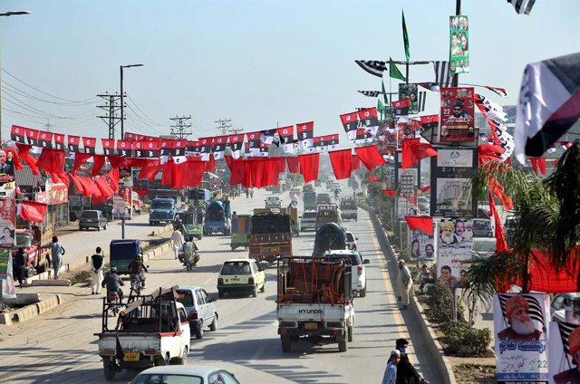 Preparativos en Peshawar de la marcha del MDP