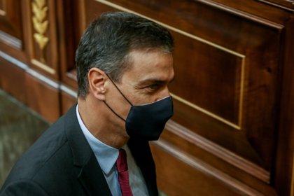 Sánchez asume que la inmigración irregular crecerá por la COVID-19 y trata de lanzar un mensaje contundente a las mafias