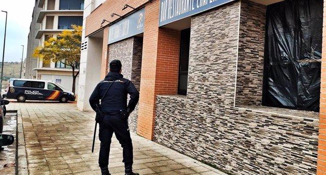 Dos detenidos en Guadalajara por robo cin fuerza en un bar.