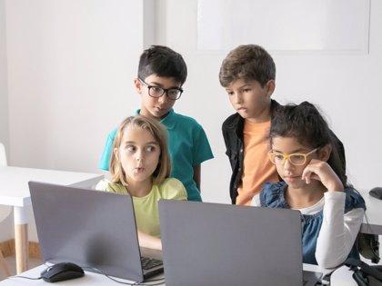 Educar tras la pantalla: cómo cambiar lo que no funciona