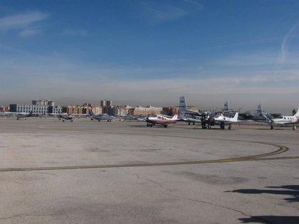 Aena subasta ocho aviones abandonados en Cuatro Vientos