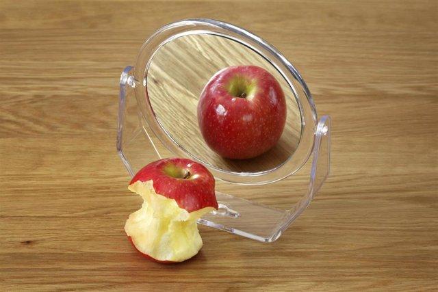 Anorexia bulimia trastorno alimenticio manzana