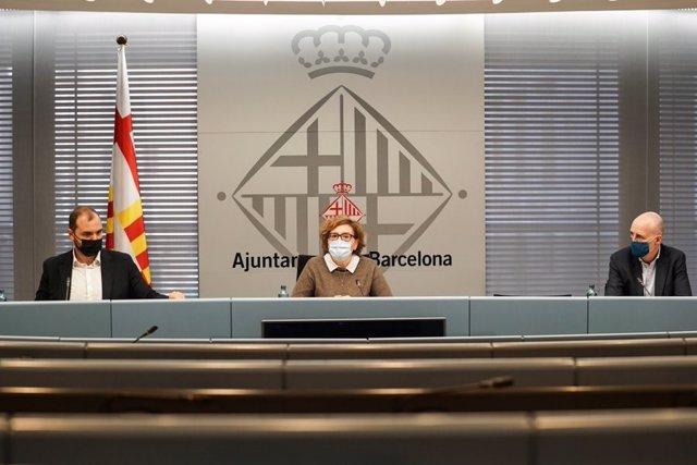 Roda de prens del gerent de l'àrea d'Economia, Recursos i Promoció Econòmica, Albert Dalmau; la regidor de Comerç, Montserrat Ballarín, i el director general de Barcelona Activa, Fèlix Ortega, sobre les mesures del CECORE per la Covid-19.