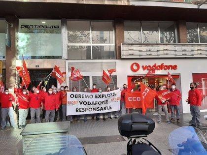 Los trabajadores de una contrata de Vodafone en Baleares convocan cuatro días de huelga en noviembre y diciembre