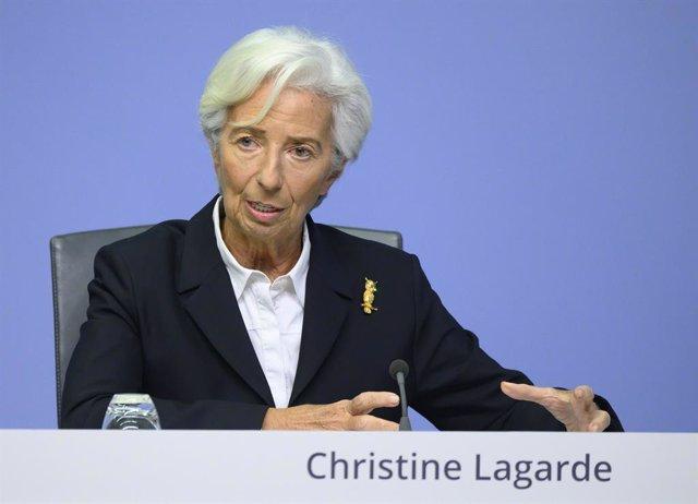 FILED - 23 January 2020, Hessen, Frankfurt_Main: Christine Lagarde, President of the European Central Bank (ECB), speaks at one of the ECB's regular press conferences. Photo: Boris Roessler/dpa