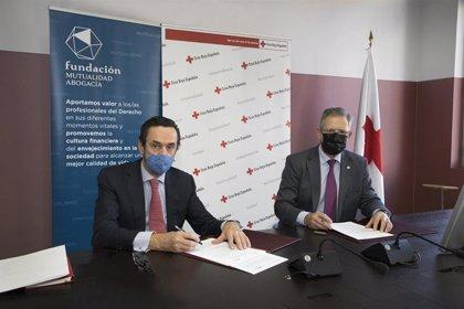Fundación Mutualidad de la Abogacía colaborará con Cruz Roja en favor de las personas mayores y la infancia