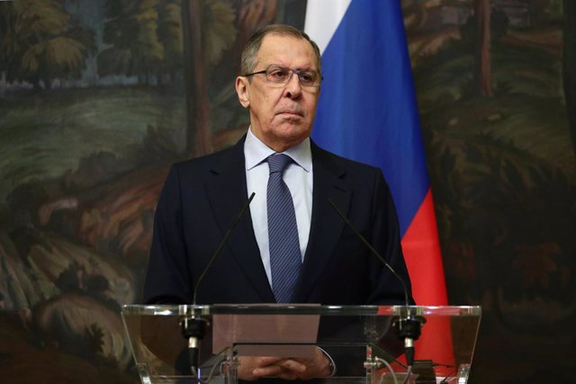 HANDOUT - 17 November 2020, Russia, Moscow: Russian Foreign Minister Sergey Lavrov attends a joint press conference with Peter Maurer (not pictured), President of the International Committee of the Red Cross, after their meeting. Photo: -/Russian Foreign