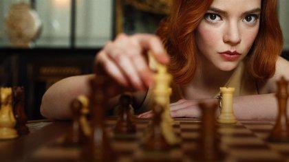 El récord que Gambito de dama ha roto en Netflix