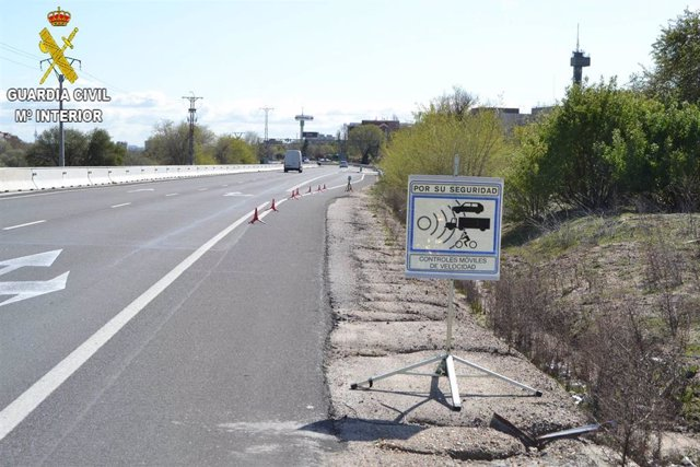 Sucesos.- Investigado por circular a 225 kilómetros por hora en una carretera limitada a 120 en Corral de Almaguer