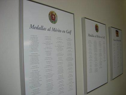 La RFEG concede tres medallas de Oro, una de Plata y cuatro Placas al Mérito en Golf