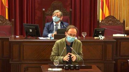 El diputado del Grupo Mixto Josep Castells, en cuarentena tras haber estado en contacto con un positivo de COVID-19