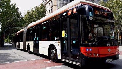 TMB estudia implantar videovigilancia en autobuses para prevenir el acoso sexual