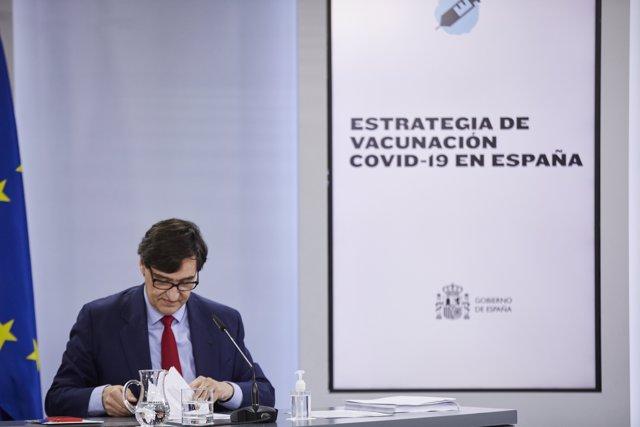 El ministro de Sanidad, Salvador Illa, en una rueda de prensa posterior al Consejo de Ministros celebrado en Moncloa.
