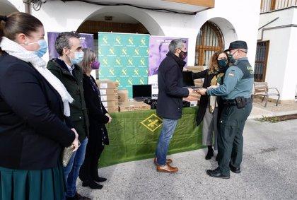 El Gobierno entrega equipos informáticos a la Guardia Civil para la atención a víctimas de violencia de género