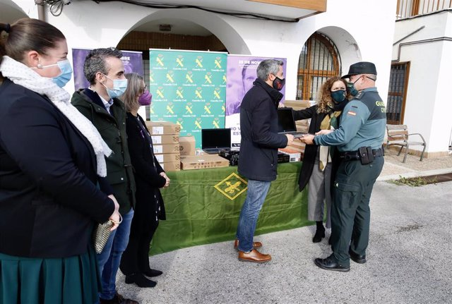 Vicepresidente Entrega Material Guardia Civil Ampuero