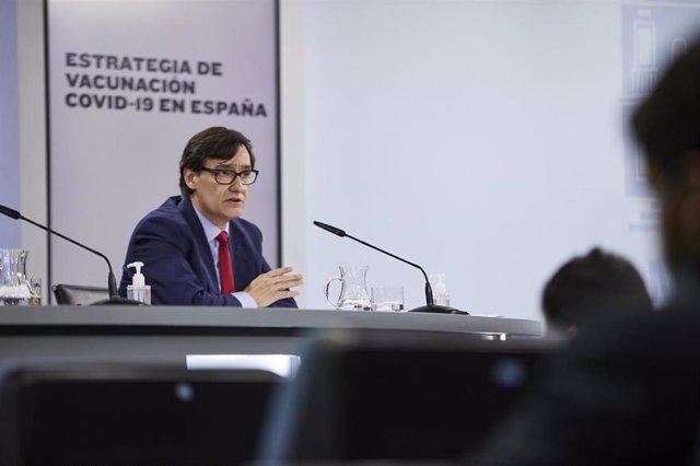 El ministro de Sanidad, Salvador Illa, interviene durante una rueda de prensa posterior al Consejo de Ministros celebrado en Moncloa, Madrid (España), a 24 de noviembre de 2020.