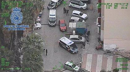 Detenidos padre e hijo por intentar acabar con la vida de un miembro de un clan rival en Marbella (Málaga)