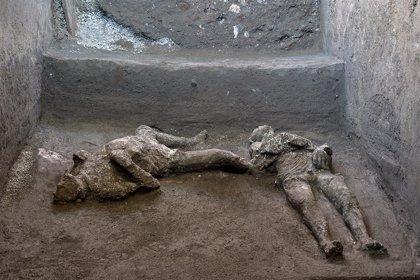 Encuentran dos cuerpos en Pompeya, nuevas víctimas de la erupción del Vesubio