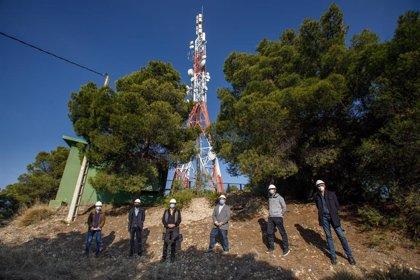 Cigudosa visita el Centro de Telecomunicaciones de Tudela y destaca el papel de estas infraestructuras en la pandemia