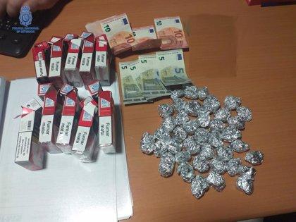 Detenido un hombre al intervenirle 37 envoltorios de aluminio que contenían marihuana en Son Gotleu (Palma)