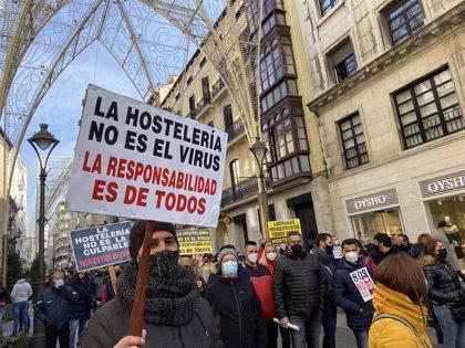 """La hostelería reclamará en Bruselas """"ayudas urgentes"""", después de que el Gobierno siga sin dárselas"""