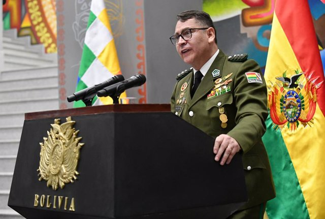 16 November 2020, Bolivia, La Paz: General Jhonny Aguilera makes a speech after being appointed as interim chief of police of the country by the new Bolivian head of state, Luis Arce Catacora. Photo: ---/ABI/dpa