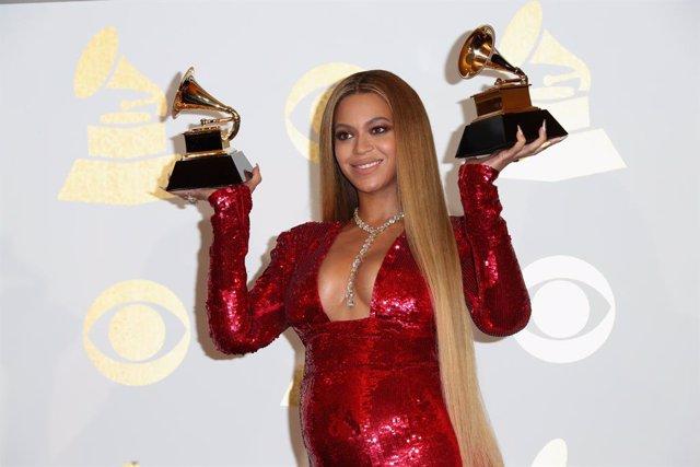 Beyoncé en los Grammy 2017