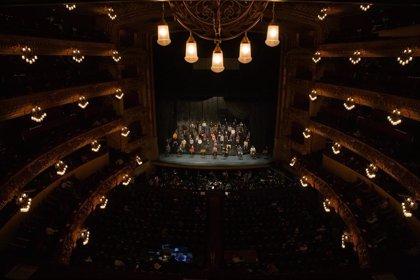 El Liceu ensaya 'La traviata' ante 500 personas y pide poder acoger el 50% del aforo