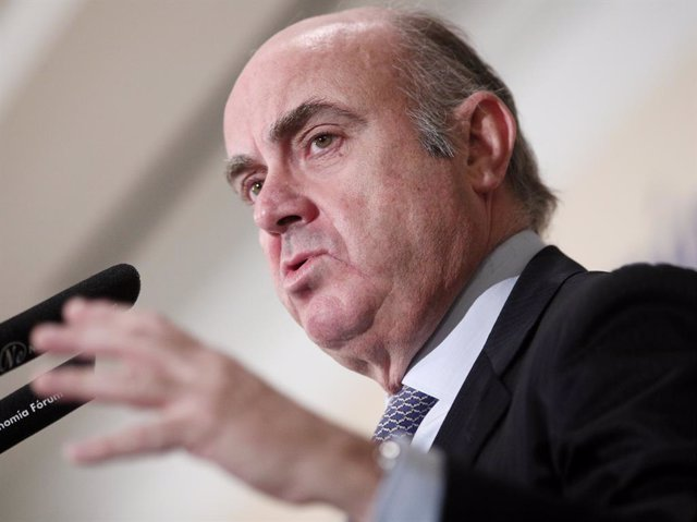 El vicepresidente del Banco Central Europeo, Luis de Guindos, interviene en un Desayuno Informativo de Fórum Europa en el Hotel Palace de Madrid (España), a 13 de diciembre de 2019.