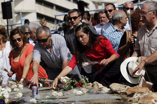 Homenaje a las víctimas de Spanair en el cuarto aniversario