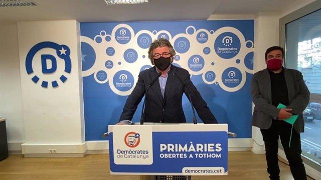 El portaveu de Demòcrates, Toni Castellà, en una roda de premsa telemàtica.