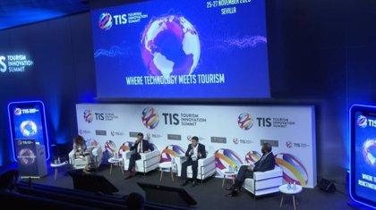 El Gobierno asegura que España no ha perdido competitividad turística por la crisis de la Covid-19