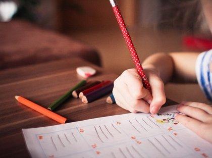 Alumnos califican con notable las clases online, aunque un tercio dice haber tenido dificultades para seguirlas