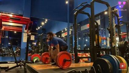 Un hombre que con 28 años usaba una talla XXXXXL pierde 120 kilos