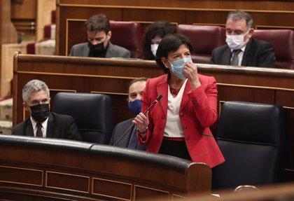 La FAPE reclama al Parlamento que incluya enmiendas con las demandas de los periodistas en la 'Ley Celaá'